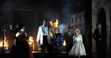 Két opera Angliában