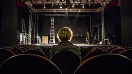 A Veres 1 Színház is megkongatta a vészharangot a tao megszűnése miatt