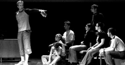 Tízéves fennállását ünnepli a Szegedi Egyetemi Színház