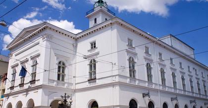 Tenort keres a Miskolci Nemzeti Színház kórusa