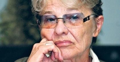 'Igazából üvölteni szeretnék' - Törőcsik Mari a Nemzeti-pályázatról