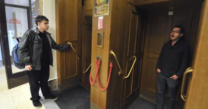 Áriáztak a városháza liftjében - Európai Operanapok Ostravában