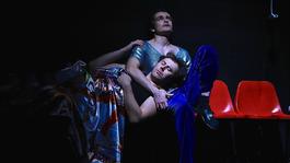 Kétestés, a homoszexualitást (is) tematizáló előadást mutatnak be Kolozsváron