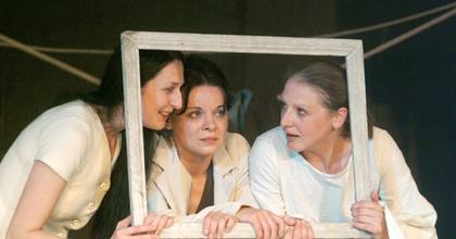 Három nővér - Beregszász*