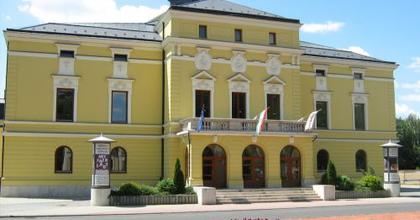 Hat ősbemutató a nyíregyházi színház műsorán
