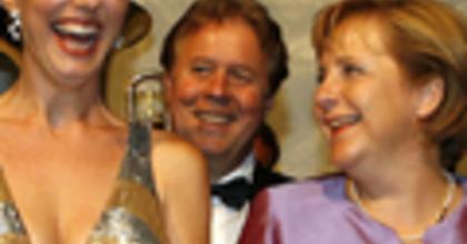 Ismét Merkel kancellárral indult a bayreuthi Wagner-fesztivál
