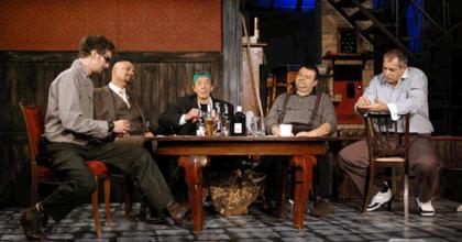 Tengeren – Bárka Színház