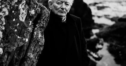 Elhunyt Brian Friel Tony-díjas ír drámaíró, a Pogánytánc szerzője