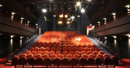 Szombaton avatják fel a bukaresti nemzeti színház felújított nagytermét