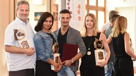 A tatabányai Jászai Mari Színház díjazta a legjobbjait