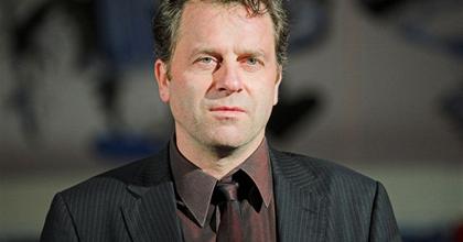 Oberfrank Pál marad a veszprémi színház igazgatója
