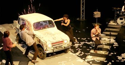 Jubileumi mustrát rendez a 25 éves Kolibri Színház