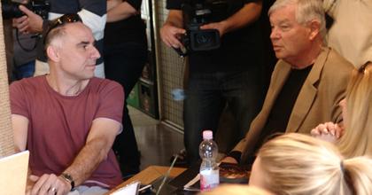 Békeharctól a kézivezérlésig - Zajlik a drámaíróverseny Békéscsabán