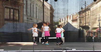 """Színházzal is vár a """"Miénk a város"""" Kaposváron"""