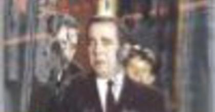 Színpadon az ötvenes évek filmszatírája