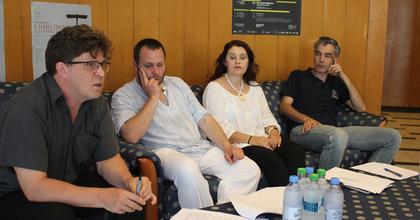 Szövetséget hozott létre öt erdélyi magyar színház