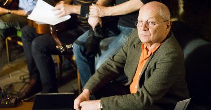 Új verseskötettel jelentkezik a 70 éves Bereményi Géza