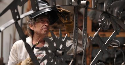 Nádasdy Ádám: Bob Dylan kiválóan kifejezett egy kort, egy életérzést