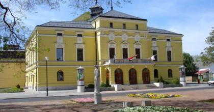 Vidéki színházak