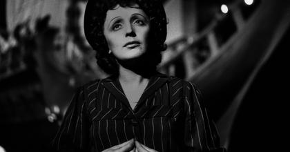 Piaf 100 - Verses-zenés sanzonesttel emlékeznek Csákányi Eszterék