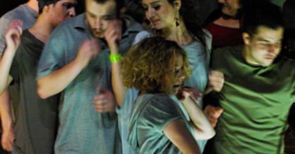 A Bárka Színház vasárnap a West Balkán-tragédia áldozataira emlékezik