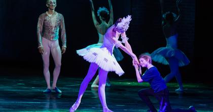 Táncolj Billy! – Kritika a Billy Elliot előadásáról
