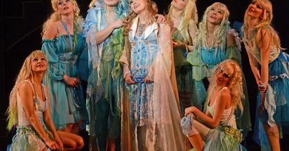 Ördögölő Józsiás - Új műfajt teremtene az Operettszínház
