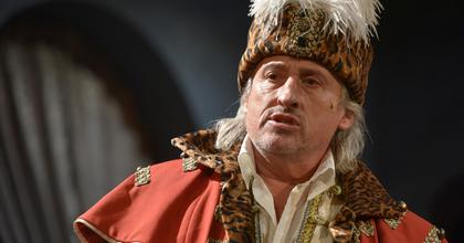 Sasvári Sándor Zrínyi Miklóst énekel és játszik Egerben