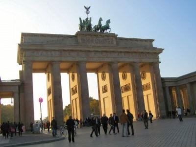 berlin-egyik-jelkepe-a-brandenburgi-kapu