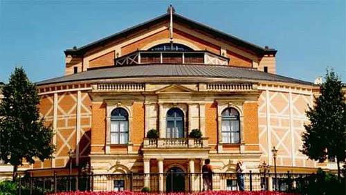 Bayreuth-Festspielhaus