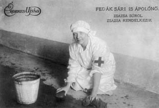 Fedak_Sari_surol17
