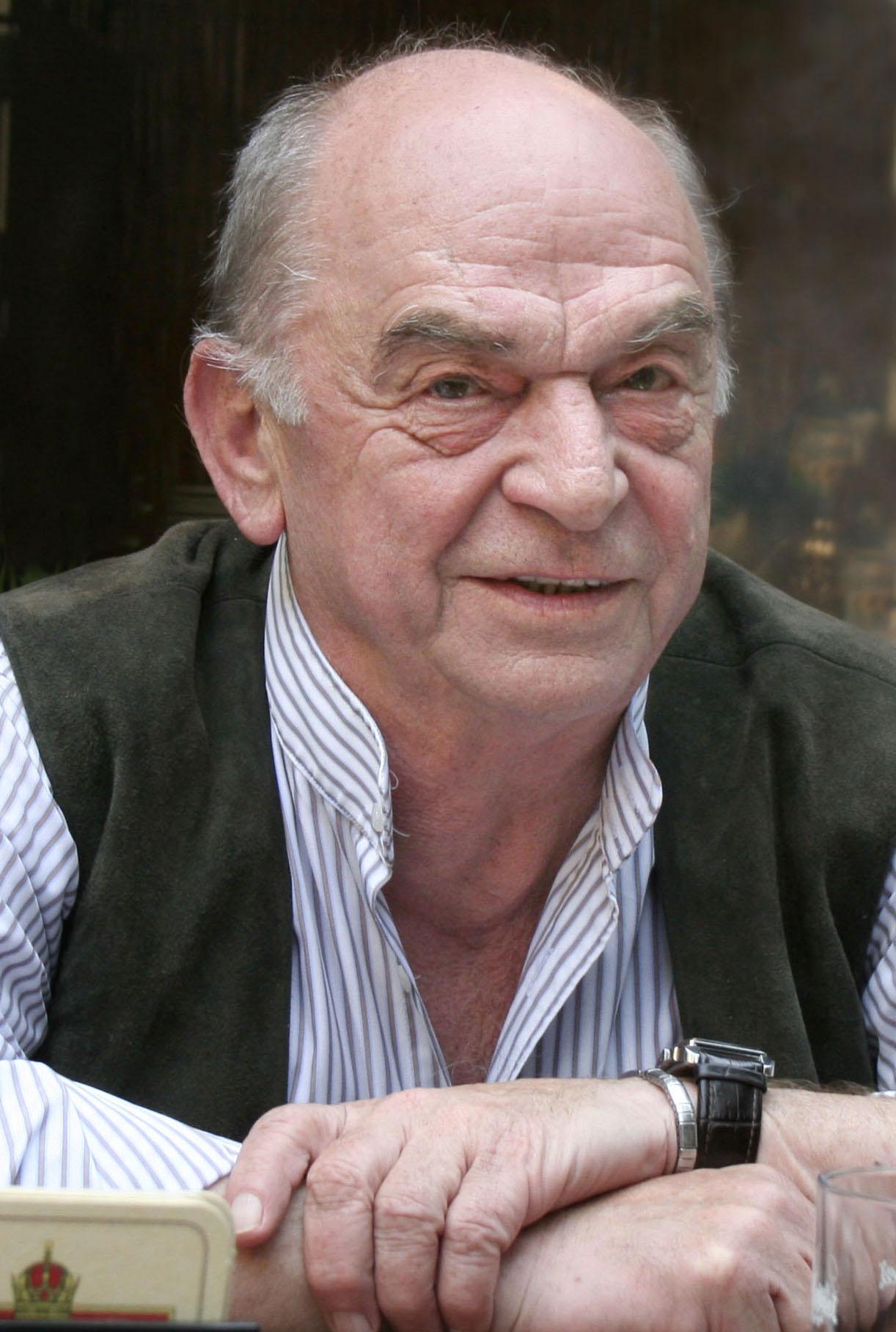 Bodrogi Gyula