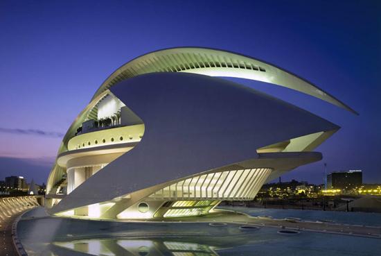 santiago-calatrava-valencia-opera