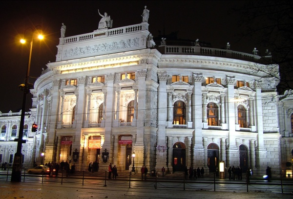 Burgtheater b