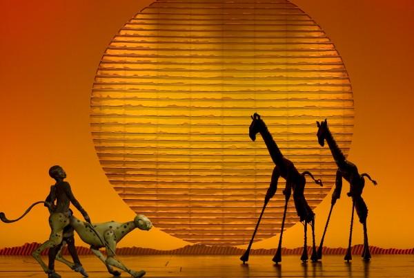 giraffes-600x402