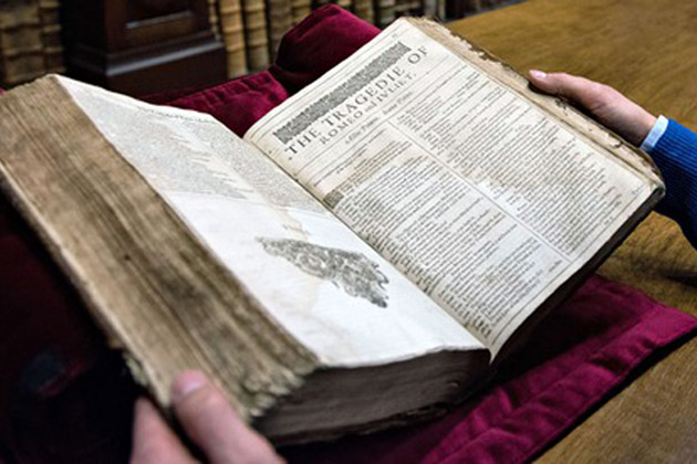 Shakespeare-The-First-Folio-2