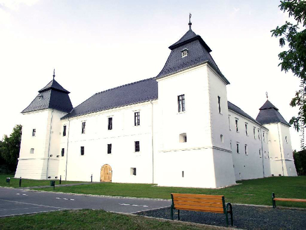 Nadasdy-Szechenyi-varkastely