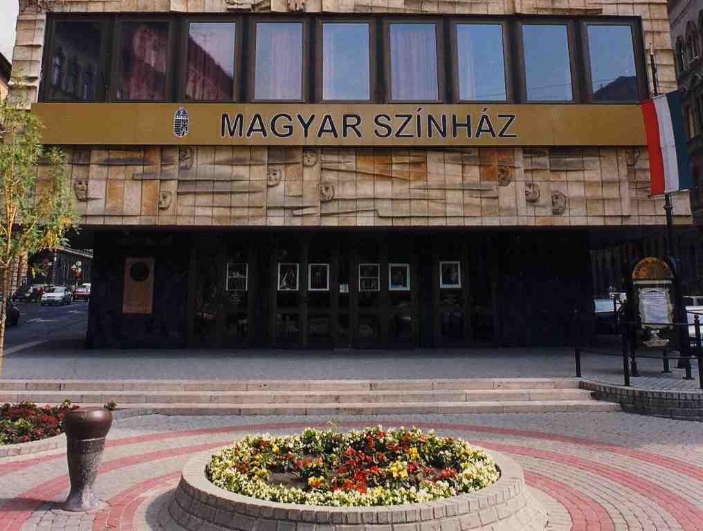 magyarszinhaz02