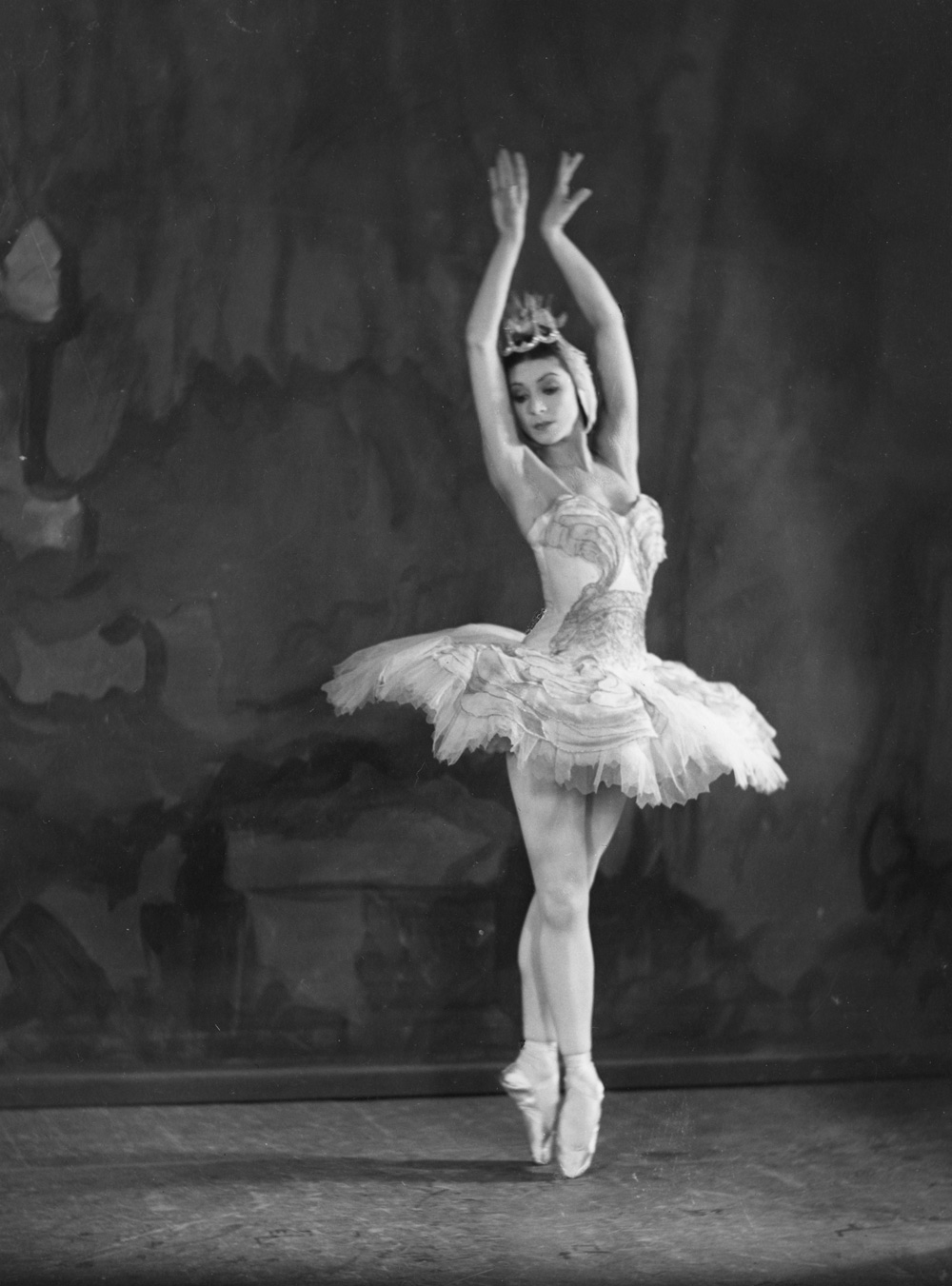 margot fonteyn in swan lake