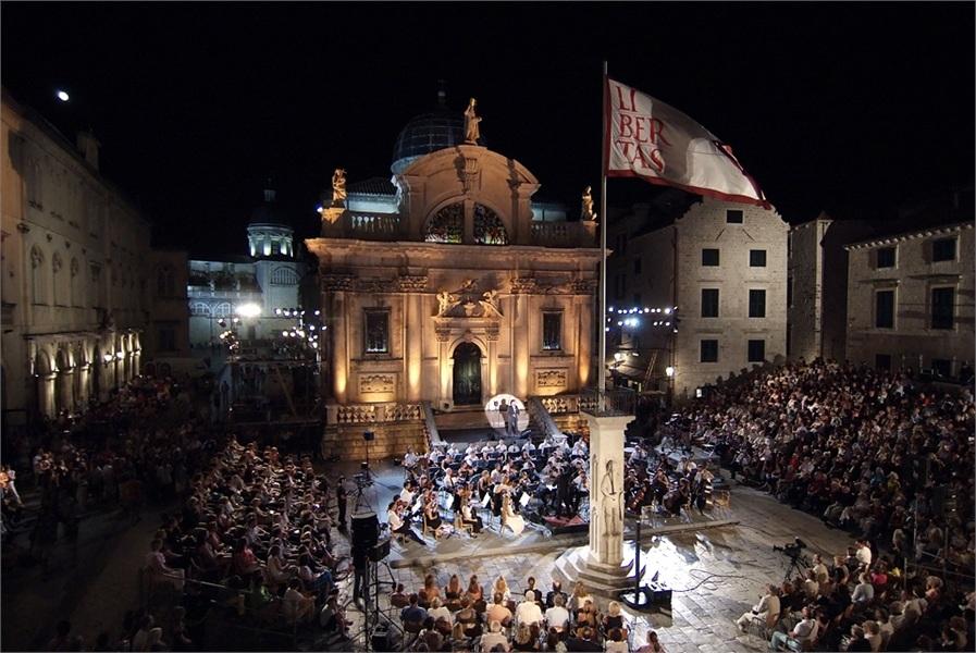 croatia dalmatia dubrovnik summer festival