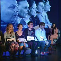 Az ország négy különböző pontján három Csoportterápia várja a nézőket nyáron
