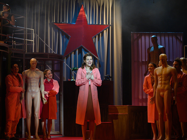 8 város 8 színházának 8 előadása, neves művészek és népszerű klasszikus előadások versenyeznek ismét a Majorban