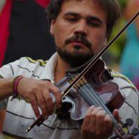 Akár a kavics - beszélgetés Bakai Marci hegedűművésszel