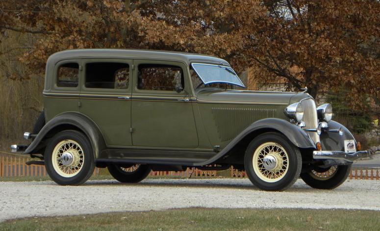 1933-plymouth-model-pd-deluxe-4-door-sedan.jpg
