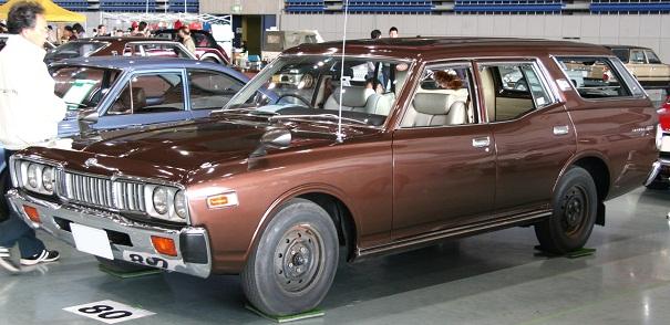 Nissan_Gloria_Van_s.jpg