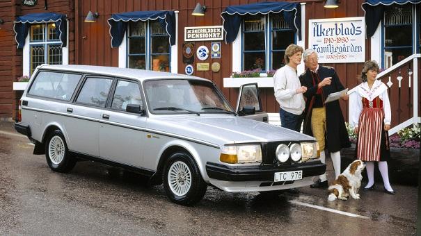 Volvo-245_masik_s.jpg