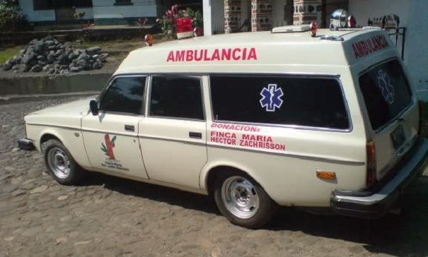 volvo_ambulance_2.jpg