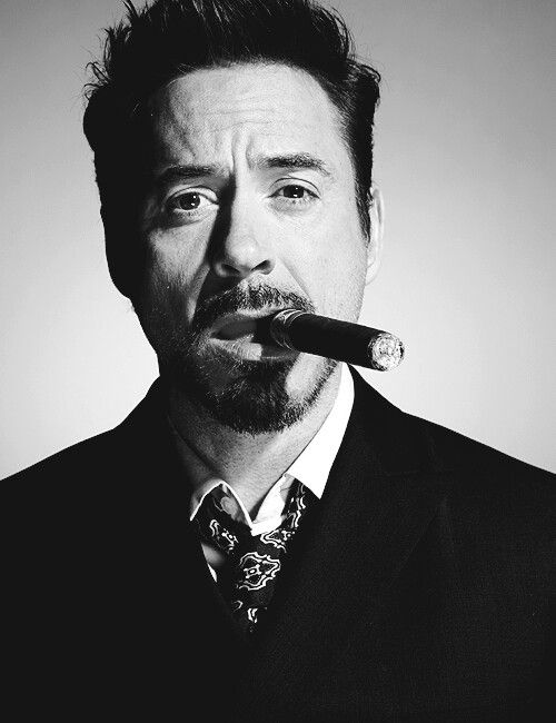 --cigar-club-robert-downey-jr_1.jpg