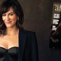 Maggie Siff a Milliárdok Nyomában c. sorozatból - Imádja a Szivart
