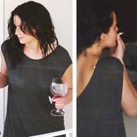 Így dohányzik Jennifer Lawrence